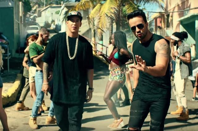 """""""Despacito"""" a revenit pe primul loc în topul Hot Latin Songs"""