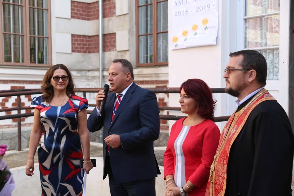 Reprezentanții Consiliului Județean Călărași au participat la festivitățile începerii noului an școlar