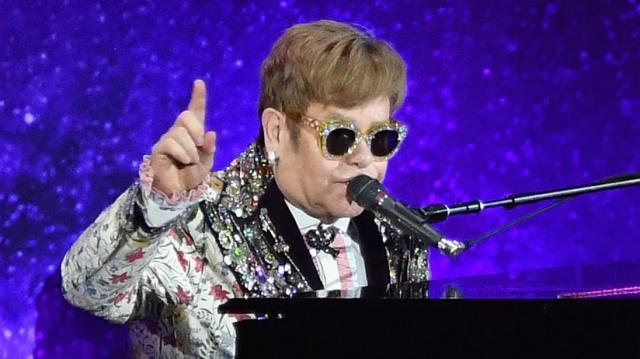 Elton John începe ultimul turneu din carieră