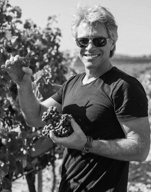 Jon Bon Jovi face vin rosé în sudul Franţei