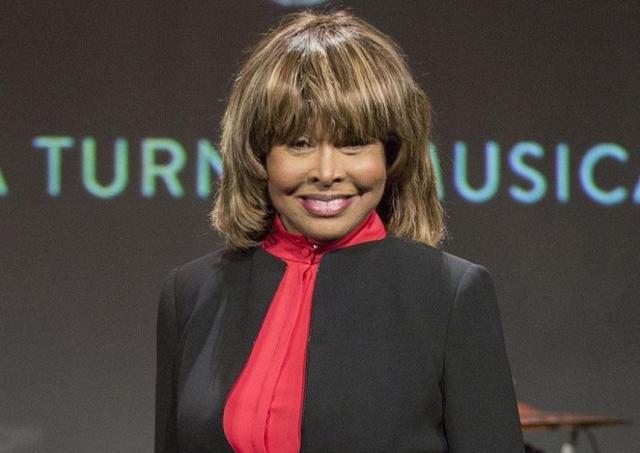 Tina Turner luptă cu cancerul
