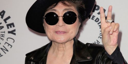 "Yoko Ono a lansat un cover al piesei ""Imagine"""