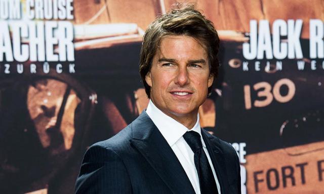"""Se amână filmările pentru """"Top Gun 2"""". Tom Cruise în rolul principal"""