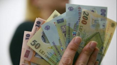 Românii se bucură de creșterea puterii de cumpărare și de îmbunătățirea nivelului de trai