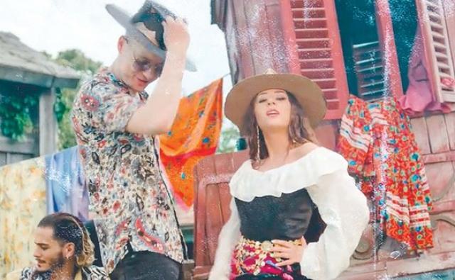 Nicole Cherry şi Adi Sână, videoclip cu accente gipsi