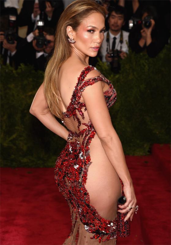 Jennifer Lopez a dezvăluit că un regizor i-a cerut să-i arăte sânii