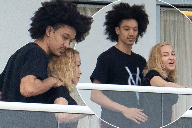 Madonna se iubește de ceva vreme cu un tânăr care are nici mai mult nici mai puțin de 26 de ani-Ahlamalik Williams